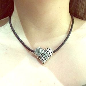 Brighton collectibles choker